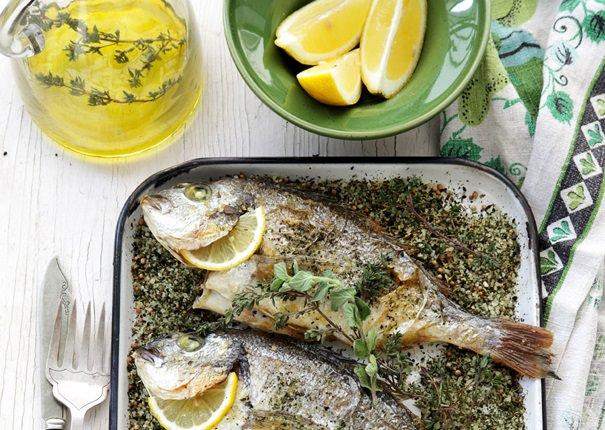 המלצת הגשה: דג בתנור בתערובת Salt'N'Easy ים תיכוני